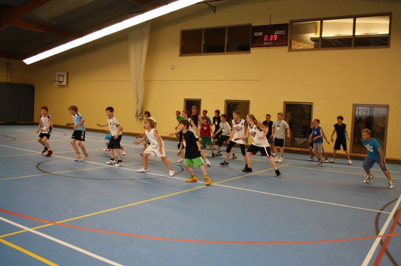 CampI-Tag3-Baskteball-Sommer-Camp (10)