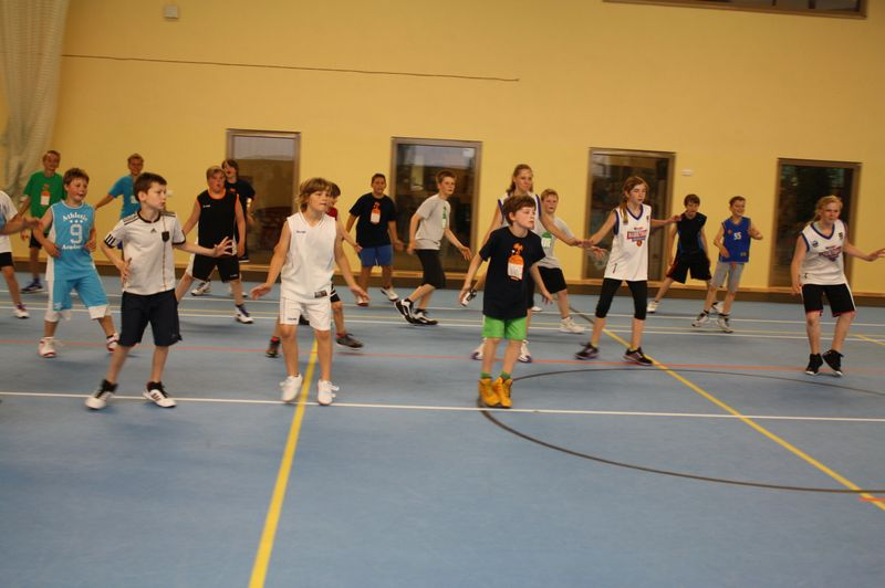 CampI-Tag3-Baskteball-Sommer-Camp (12)