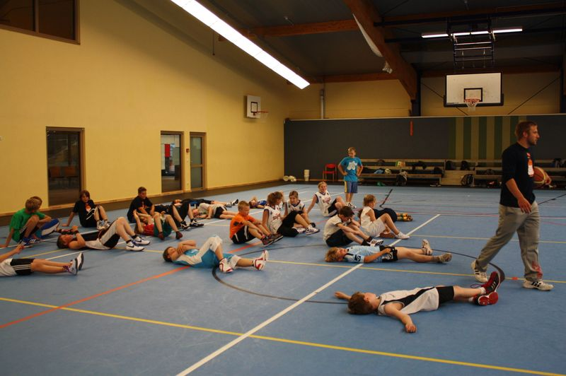CampI-Tag3-Baskteball-Sommer-Camp (18)